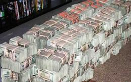 """""""Những người vợ của trùm ma túy khét tiếng"""" tiết lộ cách giấu và tiêu 2 tỷ USD tiền mặt"""