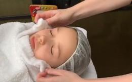 Điệu đà đúng chất công chúa, Harper Beckham mới 7 tuổi đã đi spa chăm sóc da mặt