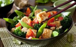 """3 giai đoạn bạn không nên """"nhịn"""" thịt cá để ăn chay: Không chỉ ốm yếu mà còn sinh bệnh"""