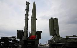 [ẢNH] S-300 Ukraine bất lực khi hàng trăm tên lửa Iskander Nga áp sát biên giới?