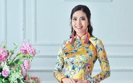 Hoa hậu biển Ninh Hoàng Ngân khoe vẻ đẹp dịu dàng, nữ tính