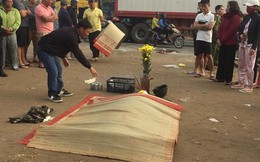 Nằm ngủ bên vệ đường, một người bị xe tải cán tử vong