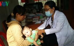 Tiền Giang: Tiêm vaccine ComBe 5, trên 60 trẻ nhập viện