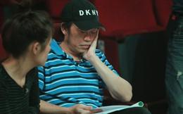 Hoài Linh ngủ thiếp đi vì mệt, Trấn Thành té sõng soài trong buổi tập kịch Tết