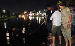 Người phụ nữ chạy xe máy rơi xuống hồ tử vong lúc triều cường dâng cao