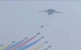 """Trung Quốc thất bại trong việc chống lại """"ông trời"""", muốn bầu trời trong xanh cho ngày kỷ niệm quốc khánh 70 năm mà không được"""