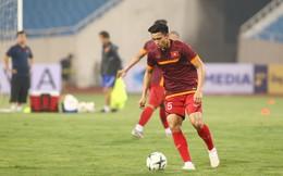 """Dự đoán đội hình Việt Nam vs Malaysia: HLV Park Hang-seo """"đánh cược"""" vào Văn Hậu"""