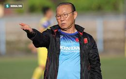 """HLV Park Hang-seo đăm chiêu, """"đau đầu"""" tính kế trước thay đổi bất ngờ của Indonesia"""
