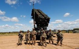 Mỹ thu về bao nhiêu tiền nhờ bán vũ khí cho nước ngoài?