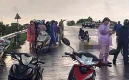 Sét đánh trúng 5 nữ sinh trên đường đi học về nhà