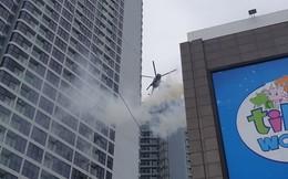 """Xe """"quái thú"""" Rosenbauer Panther trị giá 1 triệu USD, máy bay trực thăng diễn tập chữa cháy ở Đà Nẵng"""