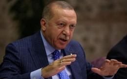 """Tổng thống Thổ Nhĩ Kỳ nói sẽ """"không bao giờ"""" ngừng tấn công người Kurd ở Syria"""