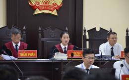 """Chủ tọa xử gian lận điểm thi ở Hà Giang: """"Không biết mà điểm tăng vù vù, nói phải có tính thuyết phục"""""""