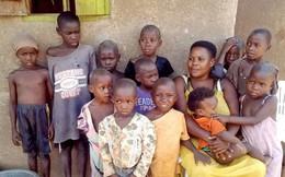 Cuộc sống khốn đốn của người phụ nữ 'mắn đẻ nhất thế giới', 36 tuổi có 44 con
