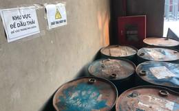 """Cận cảnh nơi lưu giữ dầu thải bị tuồn ra """"đầu độc"""" nước sông Đà của Công ty gốm sứ Thanh Hà"""