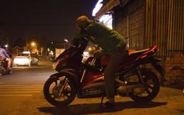 Tài xế U60 kể về chuyến xe đêm kỳ lạ: Phải mời khách ăn phở, bị bùng tiền xe rồi mất luôn điện thoại