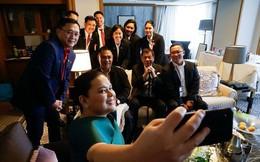 Thăm Nhật Bản, ông Duterte bỏ về sớm vì... đau lưng chịu không nổi