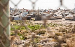 """Ám ảnh cuộc sống bên trong trại tị nạn """"địa ngục"""" ở Syria"""