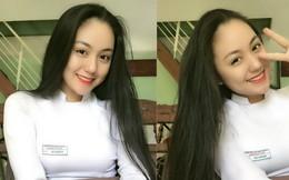 """Thả dáng trong bộ áo dài trắng, nữ sinh 17 tuổi khiến bao người khen """"nét đẹp chuẩn hoa hậu"""""""