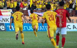 Vừa bản lĩnh vừa xuất thần, Thanh Hóa có chiến thắng quan trọng nhất mùa để ở lại V.League