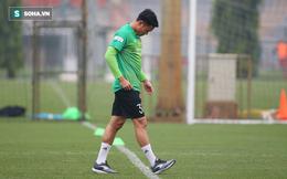 Rộ thông tin thủ môn ĐTVN gặp chấn thương đen đủi, không kịp bình phục để đấu Malaysia
