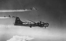 """Lý do B-17 được mệnh danh """"pháo đài bay"""" thời Thế chiến II"""