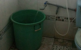Người mẹ bàng hoàng khi phát hiện xác con gái 3 tuổi trong bồn nước