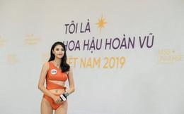 """Tôi là Hoa hậu Hoàn Vũ Việt Nam: Thúy Vân bị dàn giám khảo """"vùi dập"""", sốc khi bị hỏi đi thi mà thuê người chụp ảnh riêng"""
