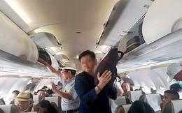 Bắt quả tang 2 đối tượng người Trung Quốc trộm cắp trên máy bay