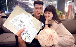 Bạn gái Huy Hùng khiến fan ghen tị vì được tặng cả tập vé xem Việt Nam