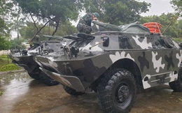 Xe thiết giáp chờ lệnh, sẵn sàng ứng cứu dân trong bão số 6