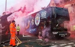 Tại sao đại chiến Liverpool vs Man City vẫn chưa được xếp vào hàng kinh điển Premier League?