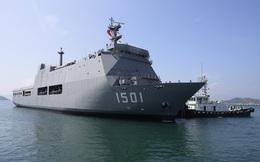 Tàu Hải quân Myanmar cập cảng Quốc tế Cam Ranh thăm Việt Nam