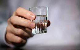 """4 dấu hiệu cơ thể """"kêu cứu"""" bạn nên ngừng uống rượu ngay để không """"phá hỏng"""" nội tạng"""