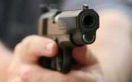 Truy bắt hai thanh niên bịt mặt nổ súng nghi cướp tiệm vàng ở vùng ven Sài Gòn