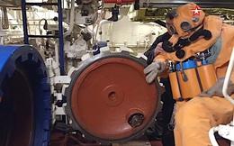 Thủy thủ tàu ngầm Nga thoát hiểm từ ống phóng ngư lôi
