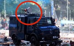 """Bị cáo buộc lần đầu sử dụng """"súng âm thanh"""" với người biểu tình, cảnh sát Hồng Kông: Đó không phải vũ khí!"""