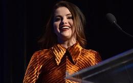 Selena Gomez gây hốt hoảng vì gương mặt già nua, thân hình sồ sề ngoài đời thật sau loạt ảnh như nữ thần trên mạng