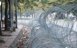 """An ninh thắt chặt nhiều lớp """"hàng rào thép"""" phục vụ trận Việt Nam-Thái Lan tối 19/11"""