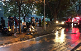 Hà Nội: Thi thể phụ nữ úp mặt dưới hồ nước, người dân tranh cãi là ma-nơ-canh