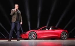 Elon Musk: Siêu xe điện của Tesla không cần chìa khóa luôn