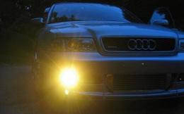 Đèn sương mù ô tô gắn sai cách có thể gây nguy hiểm cho tài xế