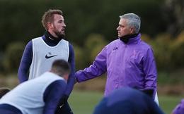 """Mourinho dẫn dắt Tottenham: 3 người sắp """"đổi đời"""" và 3 kẻ phải tháo chạy"""