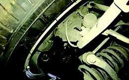 Giảm xóc ô tô chảy dầu có cần thay mới?