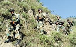 """Lính Ấn Độ """"đeo đá vào chân"""" chiến đấu ở Kashmir: Trung Quốc và Pakistan hả hê?"""
