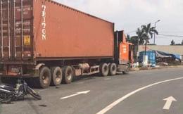 Va chạm với xe container, bé gái 2 tuổi tử vong, người mẹ nhập viện ở Sài Gòn