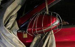 """Nhà giàu cũng """"khổ"""": Cách chủ ô tô bảo vệ gương khiến ai cũng bật cười"""