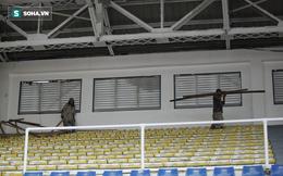 """Bi hài SEA Games 30: Chủ nhà """"giật gấu vá vai"""", sân Rizal vừa cho thi đấu vừa tiếp tục sửa"""