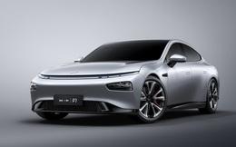 Kẻ thách thức Tesla tại Trung Quốc ra mắt xe mới, giá chỉ bằng 1/3 Model S