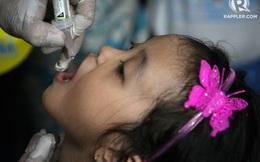 Báo động dịch bại liệt tại Philippines: Người hâm mộ sang cổ vũ Sea Games làm gì để an toàn?